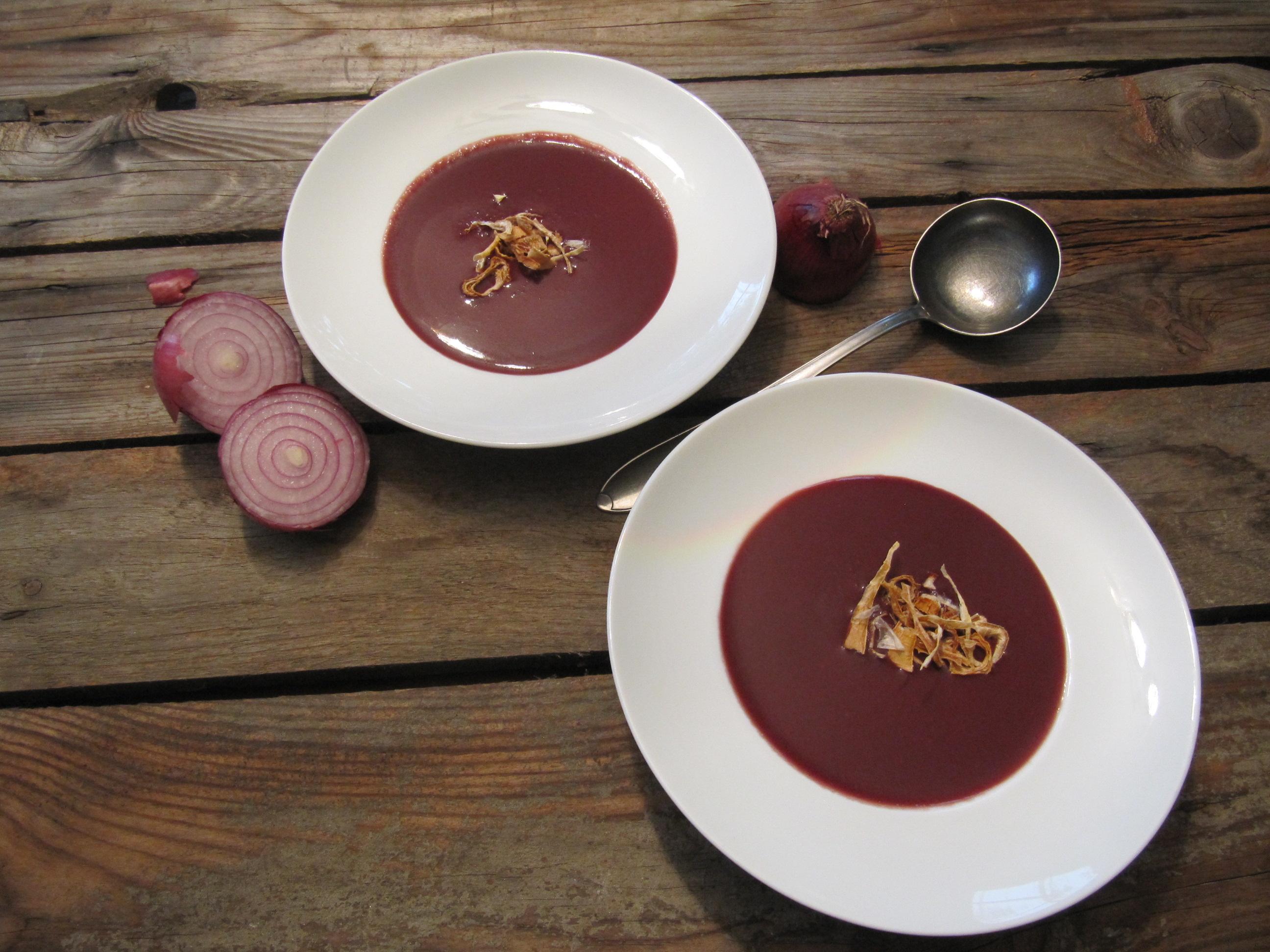 Rotkraut-Suppe. – gourmeetme